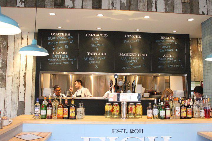Restaurant visit fish bar in chicago chicago fish and for Fish restaurant chicago