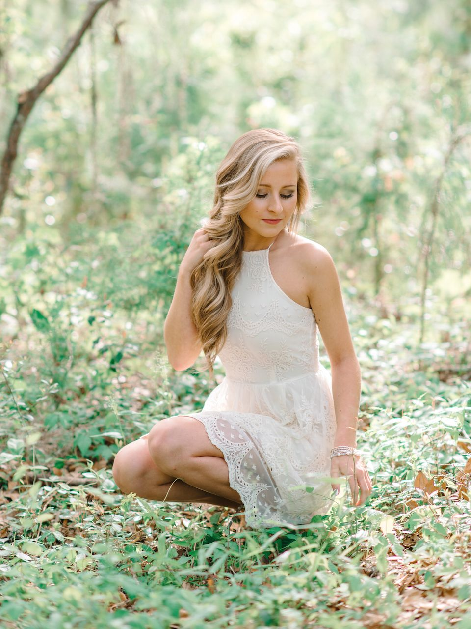White Lace Short Dress Ideas For High School Senior