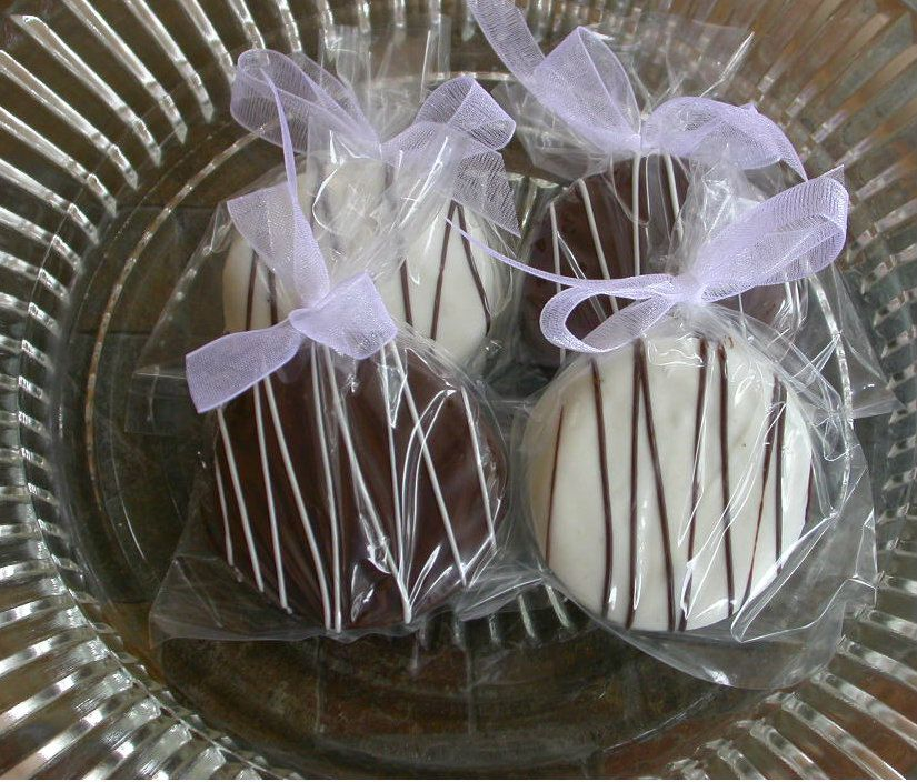 90 edible wedding favors Gourmet by SimplyDivineDesserts