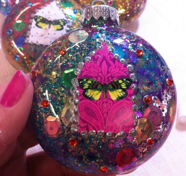 39 Ways To Decorate A Glass Ornament Ornament, Collage and Craft