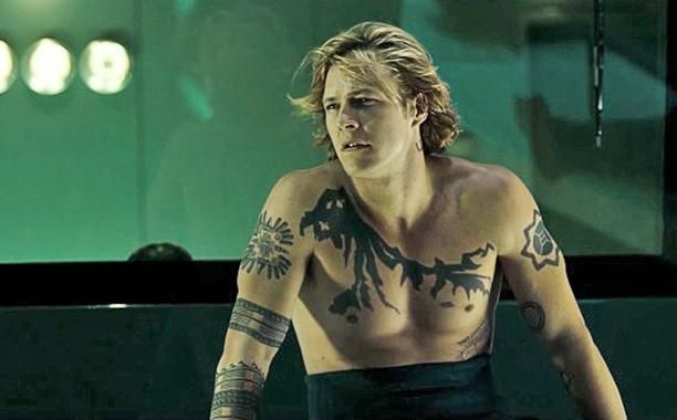 Point Break Luke Bracey Tells Us About Johnny Utah Luke Bracey Point Break Tattoo Johnny Utah