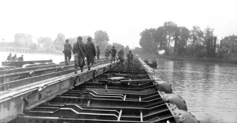 Seine River bridge - August 28, 1944