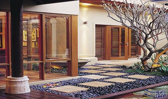 الأفكار اللازمة لجعل مداخل المنازل أكثر جاذبية يحق ق المدخل العنوان الأو ل للمنزل ويوحي إثر الولوج إليه بطباع ا House Exterior Balinese Interior House Design