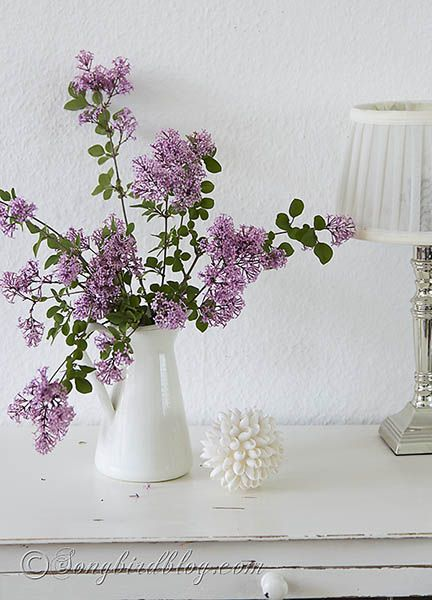 Pink Mini Lilac Flowers Decoration With Memories Attached Flowers