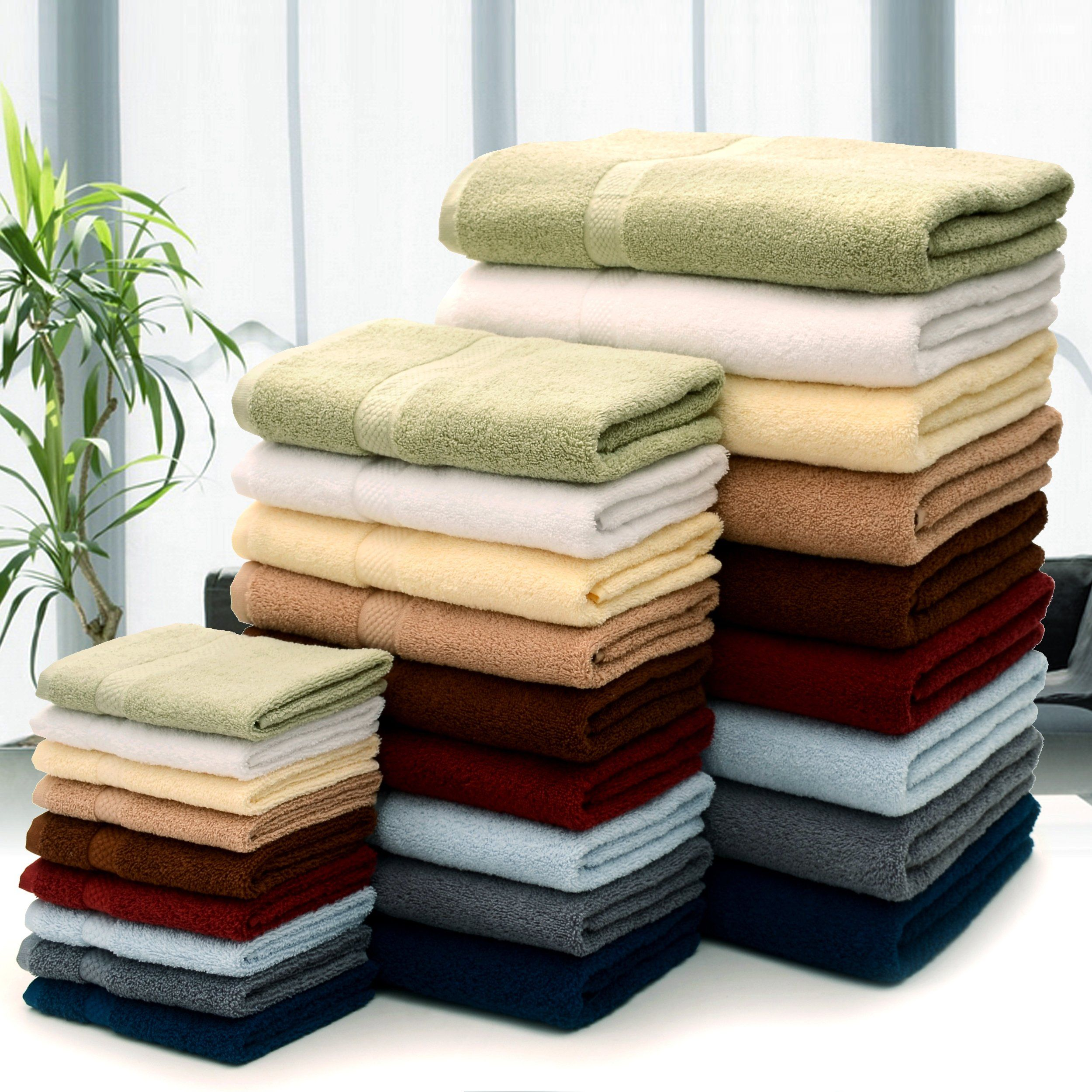 You Can T Go Wrong With Quality Luxurious Bath Towels Reveal The Simple Joy Of Stepping Out From The Shower Colorful Bath Green Bathroom Accessories
