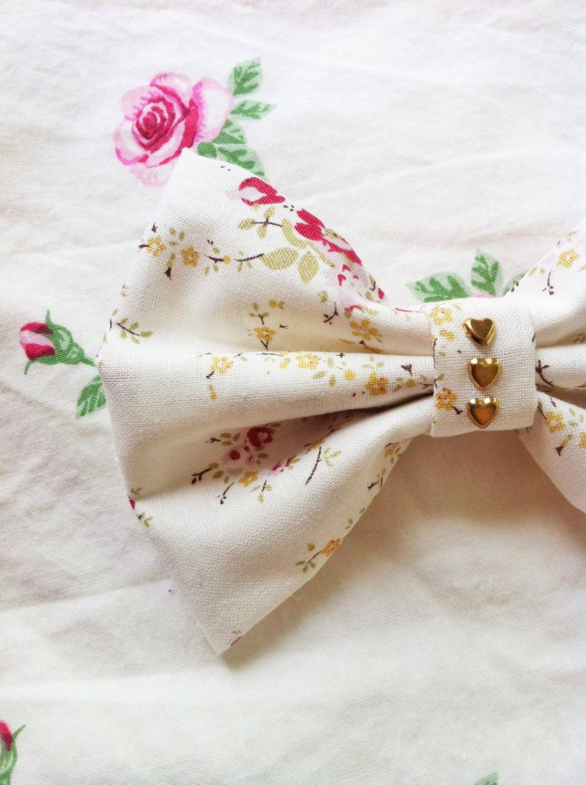 Floral Bouquet Bow with Gold Hearts Available in Medium ($7) and Large ($9)