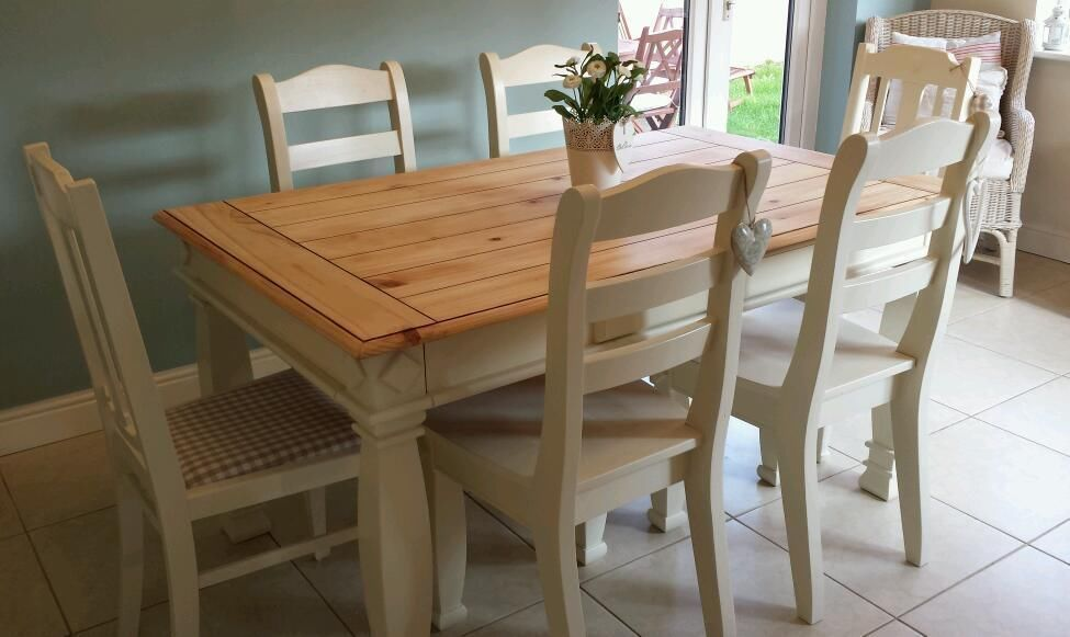 Shabby Chic Farmhouse Pine Table With Drawers And 6 Chairs In Laura Ashley White