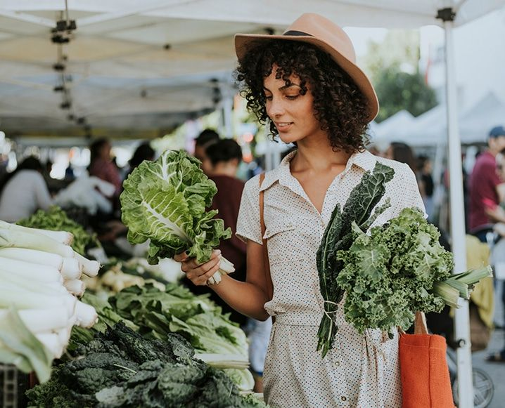 Use that cabbage in tacos and and roast the romanesco with pine nuts. Edible Garden goddess, Lauri Kranz, has the ultimate farmers market inspo...