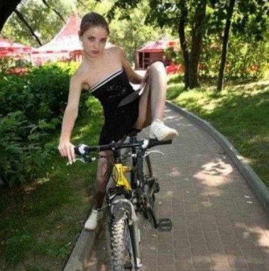 Девочки на велосипедах голые фото 93-459