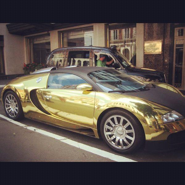 Gold Buggati Veyron Just Gonna Keep Dreaming Bugatti Cars Cars