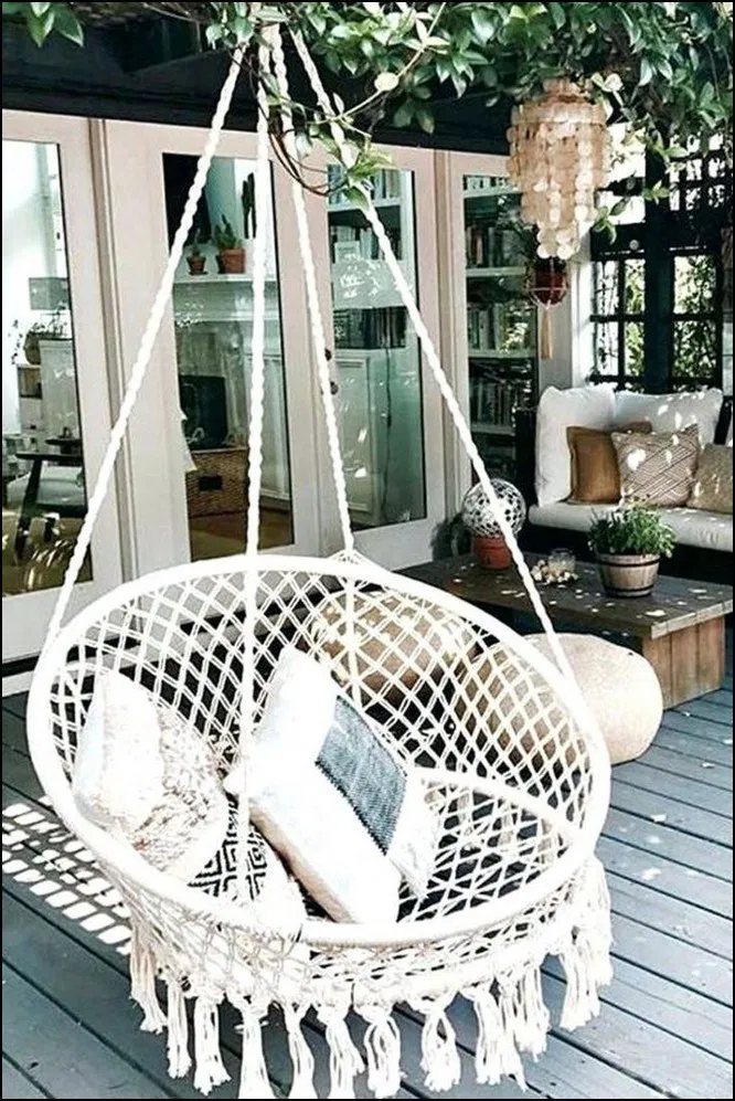 Napady Na Bydleni Swing Chair Outdoor Hanging Swing Chair Balcony Decor