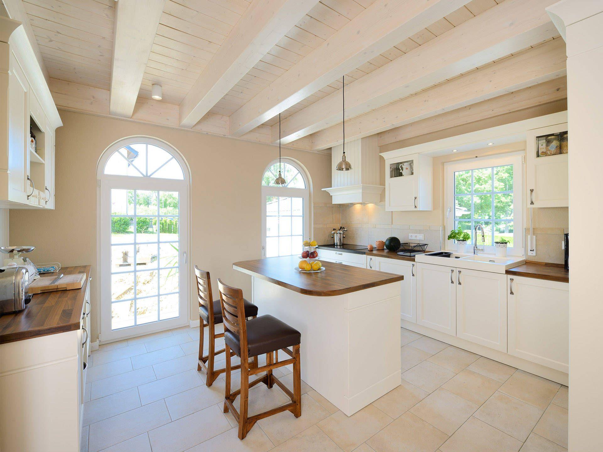 Musterhaus innenausstattung  Küche in der Stadtvilla Winter von Fertighaus WEISS • Mit ...