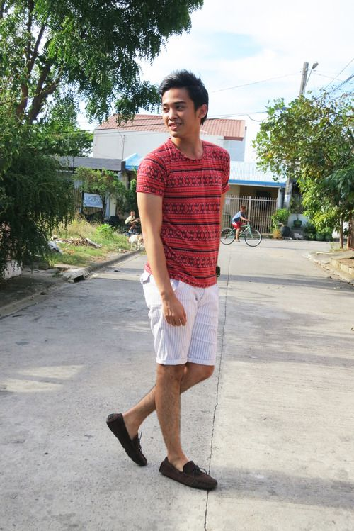 Men's Red Geometric Crew-neck T-shirt, White Vertical Striped ...