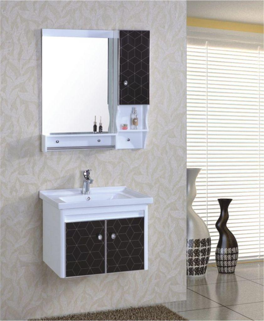 Wunderbar Schwebenden Waschtisch Mit Eleganten Rahmenlosen Spiegel