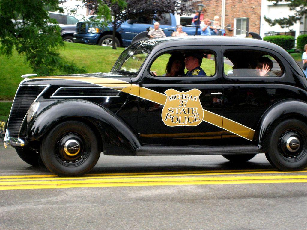 vintage michigan state police car | Jackson michigan, State police ...