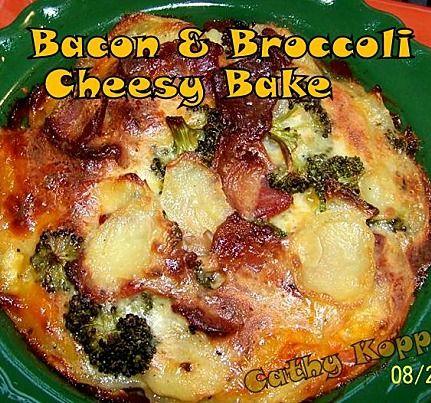 Bacon & Broccoli Cheesy Bake - Quick, easy and very delicious!  #bacon #cheese