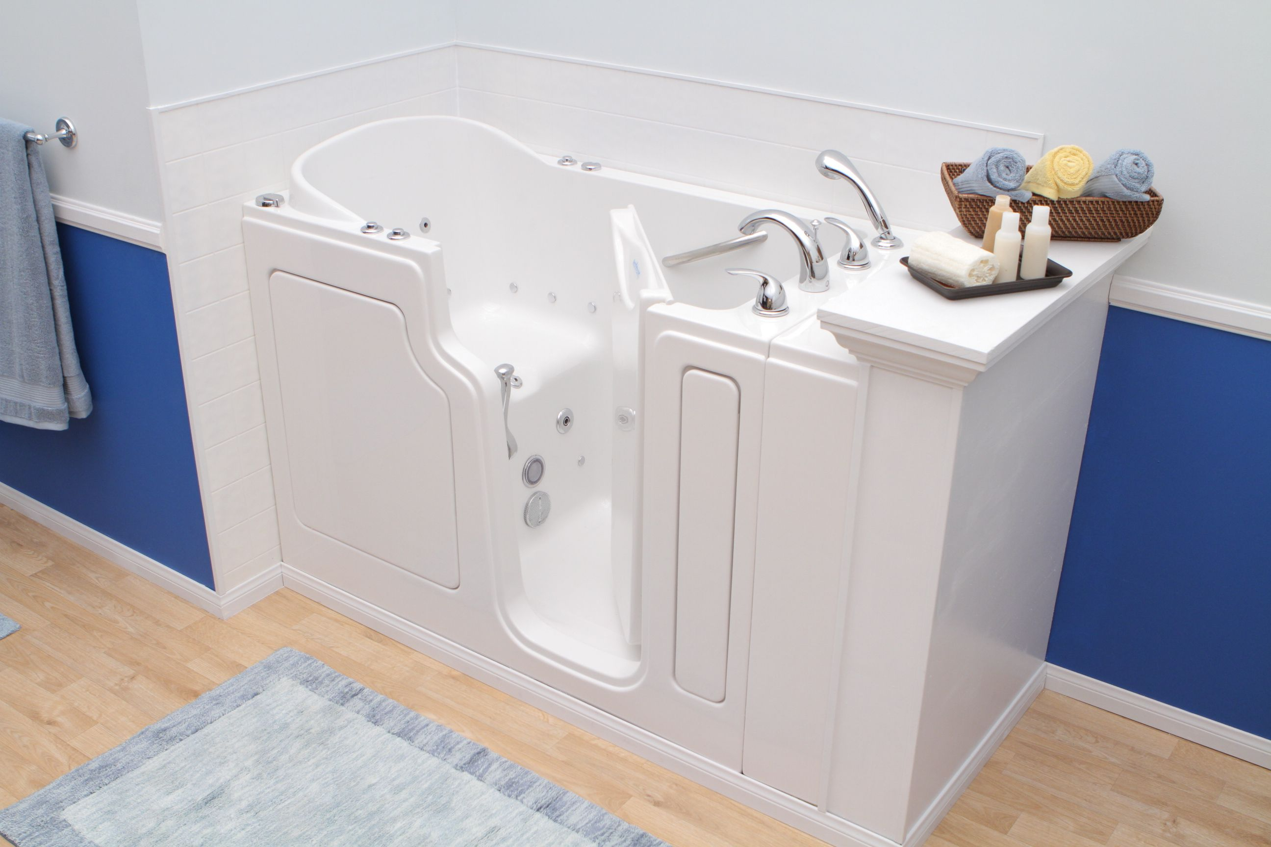 Safe Step Tub Walk In Tub Designed To Facilitate Bathing For