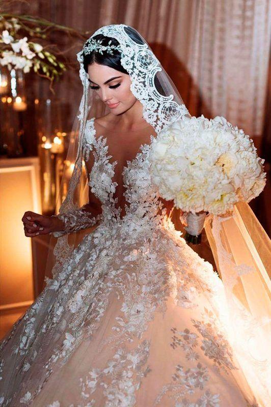 Photo of Los 50 vestidos de novia más memorables de las famosas