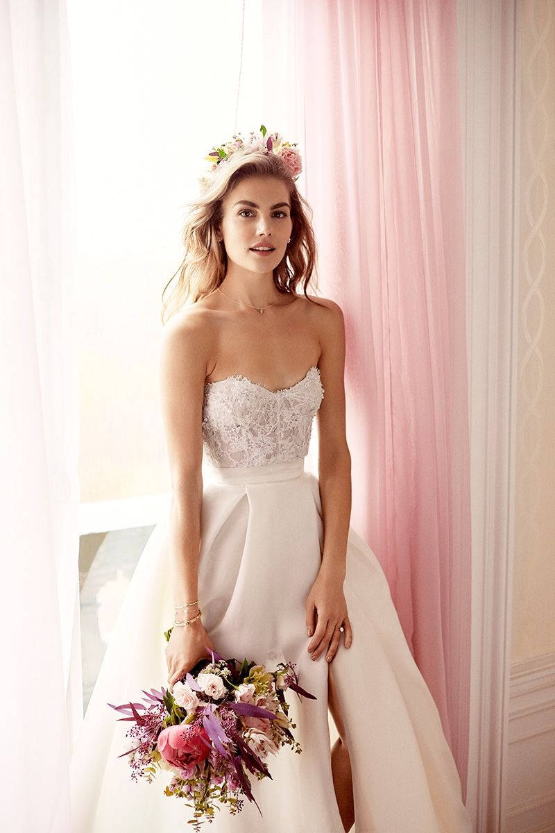 Svetlana Lazareva Models Gorgeous Wedding Gowns for Brides Magazine ...