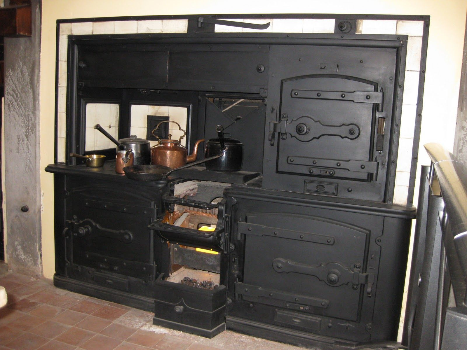 house home garden wood stove wood stove cooking stove on outdoor kitchen vintage id=49373