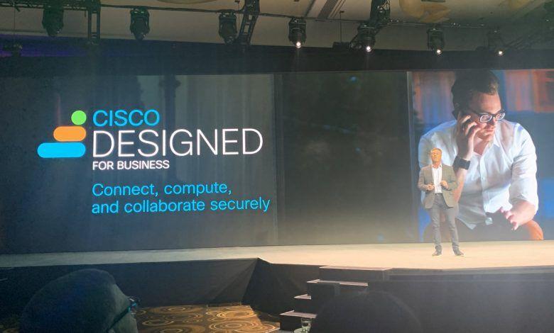 سيسكو توس ع محفظة الخدمات البسيطة والآمنة لمساعدة الشركات الصغيرة Connection Business Collaboration