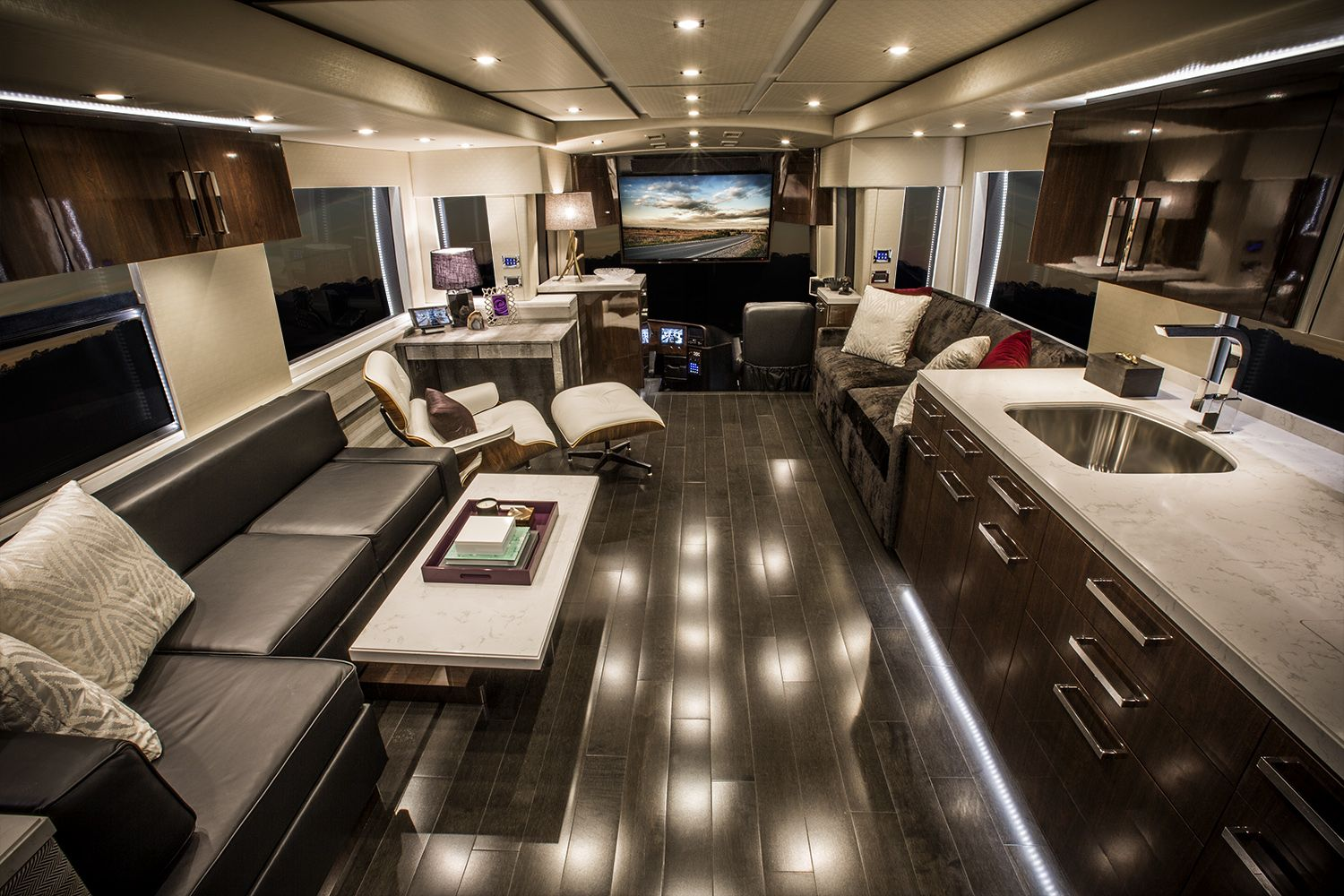 Nascar Coach 1 Cabin Fever Communications Motorhomes