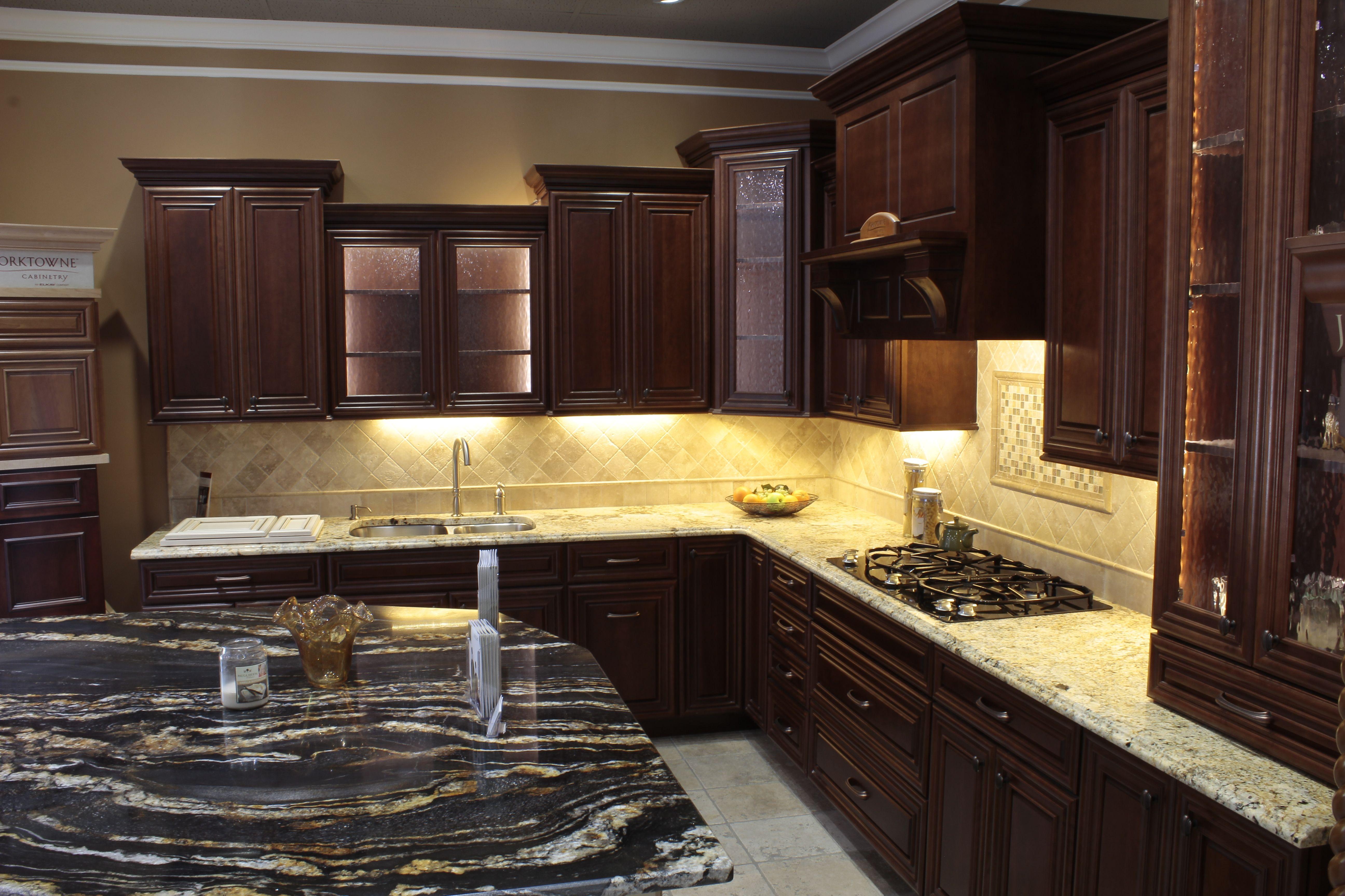Yorktowne Kitchen Cabinets Home Design - yorktowne kitchen ...