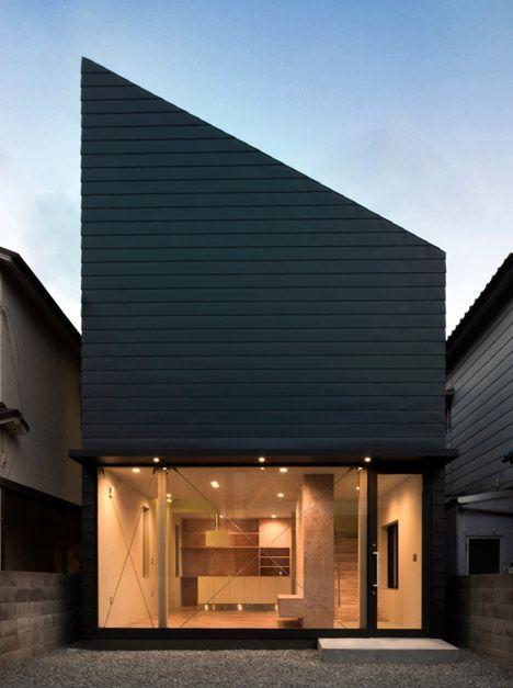 Shintaro Fukuharau0027s Family Home Has A Glass Facade Like