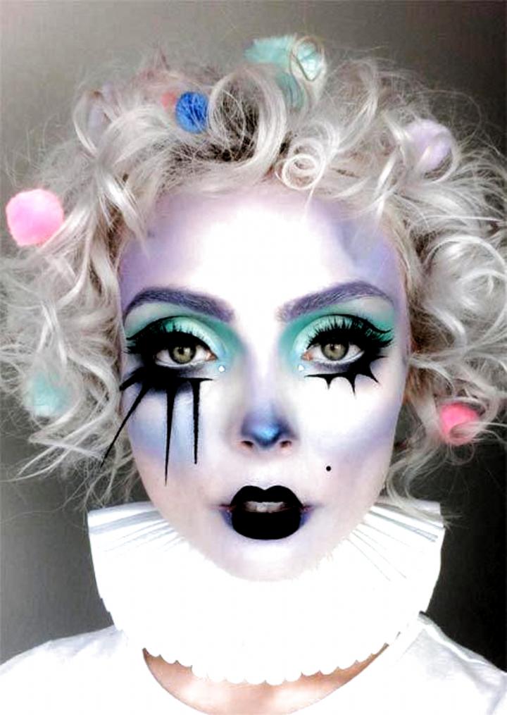 Halloween Makeup Ideas: Pastel Clown Makeup for Hallowee #halloween Makeup Ideas: Pastel Clown Makeu