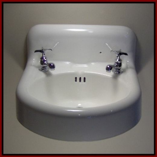 Vintage Tubs and Bath Fixtures