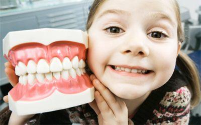 Resultado de imagen para adolescent teeth dentist