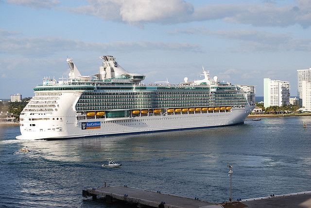 Independence of the Seas pulling out of Port Everglades - #cruise
