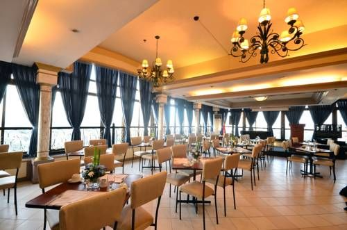 Fernandina 88 Suites Hotel Quezon City Located At The Heart Of Araneta Ping Center In