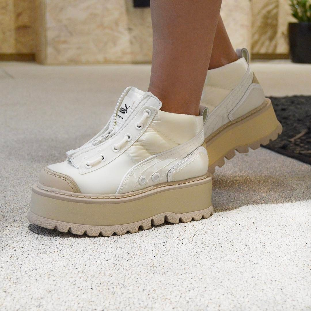 4362dd241e8 Rihanna x PUMA Fenty Sneaker Boot Zip