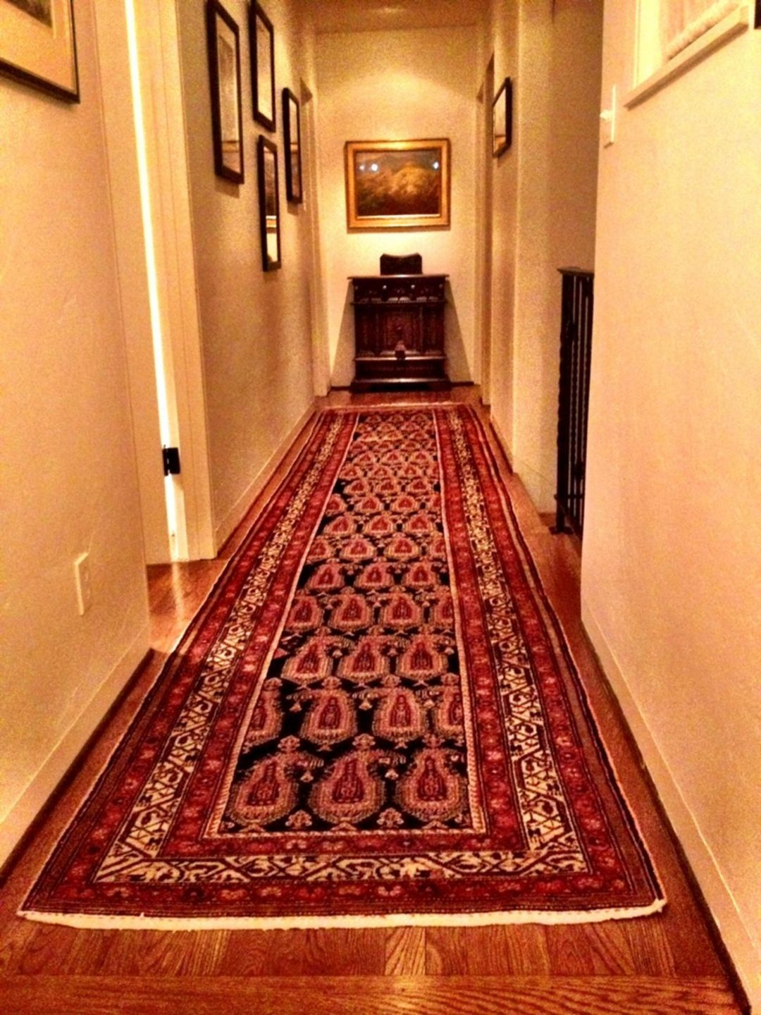 Best 10 Coolest Residential Hallway Designs For Your Home 400 x 300