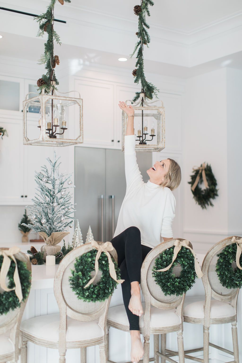 Christmas Kitchen with Wreaths! | Ali Manno (Fedotowsky) -   20 christmas decorations ideas
