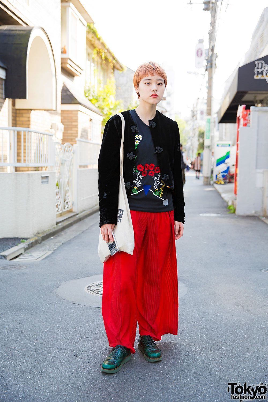 Komomo, 22 years old, beautician   5 June 2016   #Fashion #Harajuku (原宿) #Shibuya (渋谷) #Tokyo (東京) #Japan (日本)