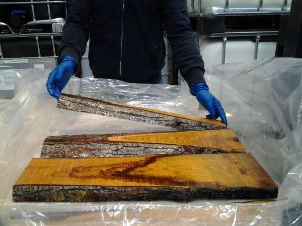 Fabriquez votre table en bois et r sine brico resina for Salon de jardin de resina de equilibrio
