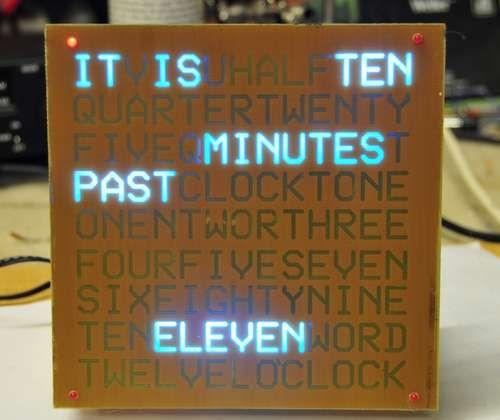 A Word Clock Beleuchtungsideen, Schönes leben und Uhren - schöne wanduhren wohnzimmer