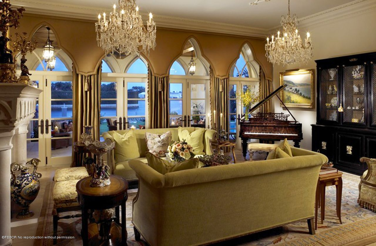 Lovely Mansion Interior Pictures