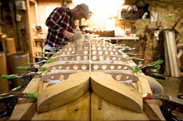 planche de surf tout bois par grain surfboards surf. Black Bedroom Furniture Sets. Home Design Ideas