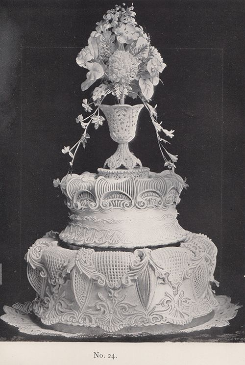 Schulbe Advanced Piping And Modelling Royal Icing Cakes My Dream Cake Vintage Cake