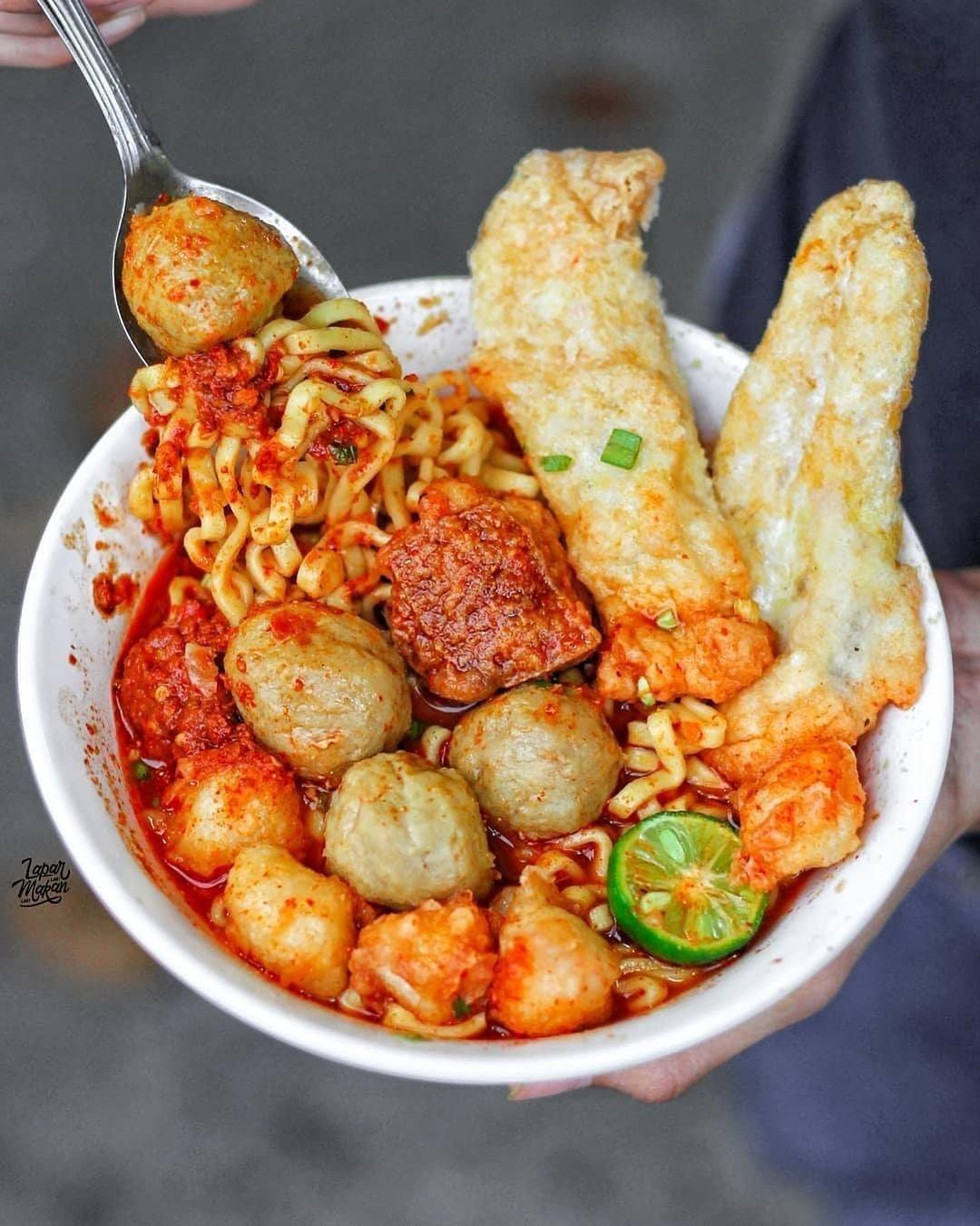 Cuanki Kuah Mie Baso Sapi Cuanki Lidah Tahu Aci Siomay Mini Resep Masakan Pedas Makanan Pedas Makanan Dan Minuman