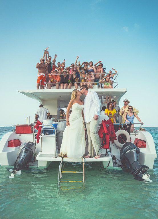 Lindsay And Andrew S Santa Maria Catamaran Party Boat Punta Cana Boat Party Boat Yacht Wedding