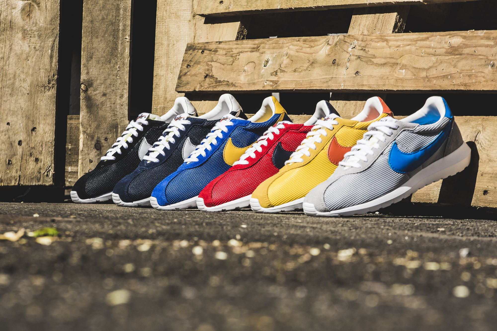 da5e368d29a7a RELEASE REMINDER    Six beautiful colorways on the Nike Roshe LD ...