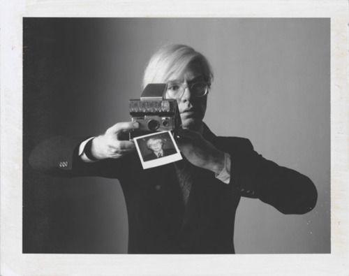 "()() Oliviero Toscani: ""Andy Warhol with Camera"" - 1974, Polaroid Type 105"