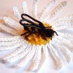 Crochet Daisy and Bee