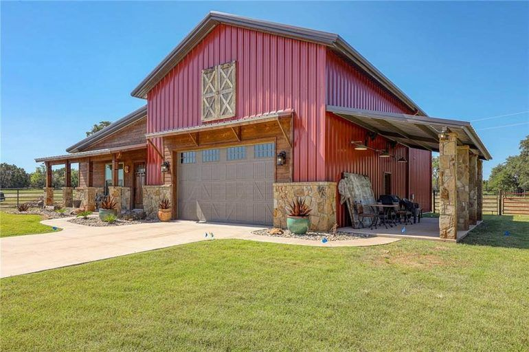 Palo Pinto Texas 10acre 3,492sqft 3bed 2bath Custom Barndo | Metal Building Homes #metalbuildinghomes