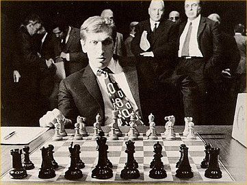 Bobby Fischer ready to play. Note the inward facing Knights.
