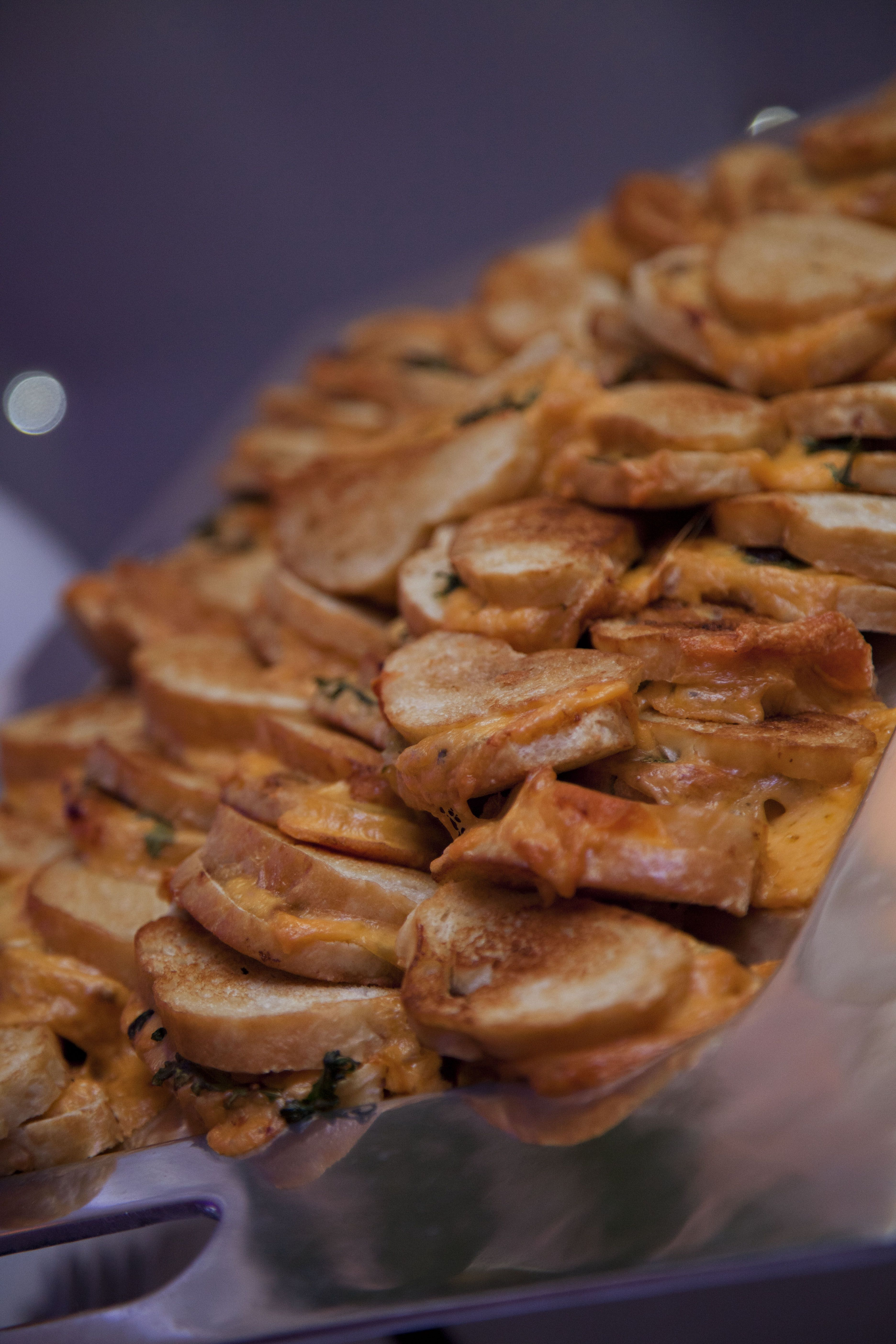 host a grilled cheese late night station at your wedding reception